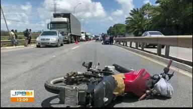 Motociclista morre em acidente na BR-101 - Acidente aconteceu no sentido João Pessoa - Recife.