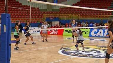 Mogi das Cruzes realiza peneiras para times de vôlei - O time que representa a cidade nos jogos regionais e abertos, passará a investir nas categorias de base, em três categorias.