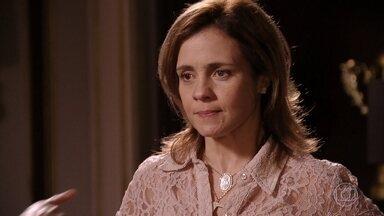 Nina exige que Carminha trate bem Ághata - Nina sabe que Ágatha é filha de Max