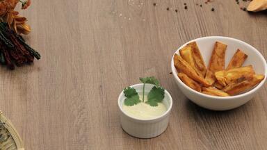 Batatada - A competição se torna individual e os cozinheiros preparam receitas com batata, o o tubérculo mais consumido do mundo.