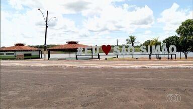 São Simão se prepara para receber turistas no carnaval - Cidade espera 30 mil foliões durante o feriado.