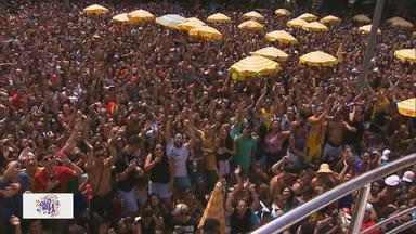 Conheça o esquema montado para o carnaval de rua de São Paulo - São Paulo deve receber cerca de 700 desfiles nas ruas. O evento deve movimentar mais de R$ 2 bilhões. Conheça dois dos responsáveis para o aumento na popularidade do carnaval paulista.