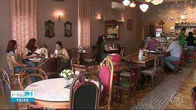 Empreendedores veem oportunidade em abrirem cafeterias - Motivo é a paixão do brasileiro pelo café.