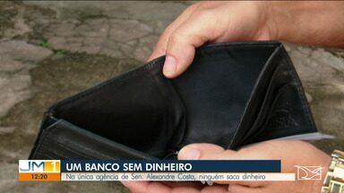 População reclama que não consegue sacar dinheiro de caixa em Senador Alexandre Costa - Usuários reclamam que problema começou a surgir após assalto que a agência sofreu.