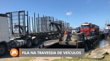 Balsa de veículos é motivo de reclamação entre Rio Grande e São José do Norte - Feriado de carnaval registrou fila e reclamação dos usuários. Agora, nova embarcação está autorizada a aumentar número de veículos a cada viagem.