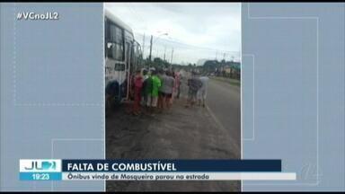Ônibus da Transcap fica parado por falta de combustível em Santa Bárbara do Pará - Situação foi registrada por passageiros.