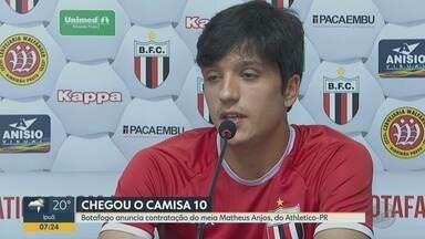 Botafogo-SP anuncia contratação do meia Matheus Anjos, do Athlético-PR - Ele vai ajudar o time a escapar do rebaixamento.