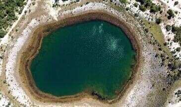 Veredas do Peruaçu - O Terra da Gente foi mostrar a natureza que envolve um oásis de água cristalina no interior do Cerrado brasileiro.