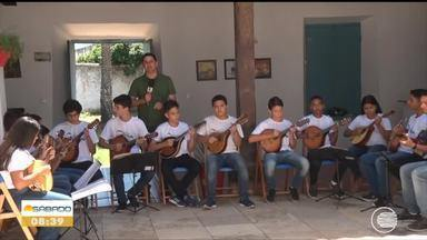 Orquestra de Bandolins de Oeiras se renova mantém tradição há decadas - Orquestra de Bandolins de Oeiras se renova mantém tradição há decadas