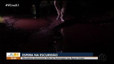 Moradores denunciam a falta de iluminação pública no bairro Águas Lindas, em Ananindeua - Moradores denunciam a falta de iluminação pública no bairro Águas Lindas, em Ananindeua