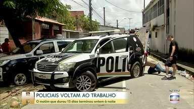 PMs desocupam batalhões, e parte dos veículos da polícia voltam às ruas após fim do motim - Policiais militares votam por encerrar motim no Ceará mesmo sem anistia. Depois de 13 dias de paralisação, parte da categoria voltou às ruas nesta segunda-feira (2).