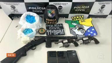 Três pessoas morre em confronto com a polícia de Sergipe - Segundo a Secretaria de Segurança, essas pessoas eram suspeitas de envolvimento com roubo e tráfico de droga.