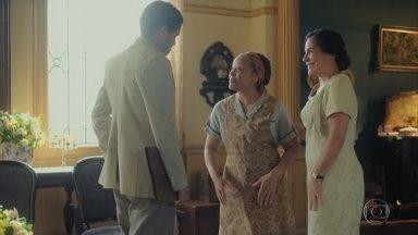 Lola incentiva Marcelo a falar com Durvalina - Ela e Genu voltam do hospital de onde estava internado Afonso