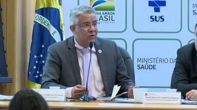 OMS recomenda que todos sob suspeita de portar coronavírus sejam testados - O Ministério da Saúde disse que não há condições de fazer isso no Brasil.