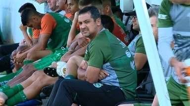 Juventude demite o treinador Marquinhos Santos e comissão técnica - Auxiliar técnico Fahel e o preparador físico Diego Mura também foram desligados junto com o técnico.