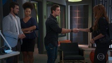 Renzo fica perturbado ao conhecer Alexia/Josimara - Renatinha implica com a secretária e Rafael defende a amiga de Kyra