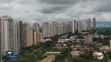 Confira a previsão do tempo para este sábado na região de Ribeirão Preto, SP - Existe probabilidade de chuva ao longo do dia.