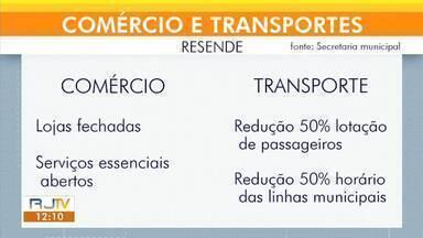 Coronavírus: comércio e transporte são alterados nas maiores cidades da região - Transportes públicos circulam com apenas 50% da capacidade total e em horário reduzido. Já o comércio está todo fechado, com exceção dos serviços essenciais.