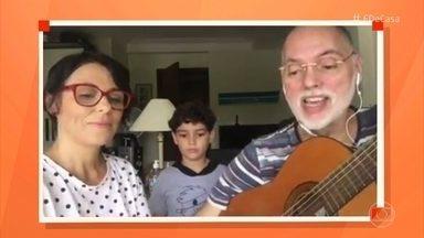 Andrézão, Karina e Mino cantam música para conscientizar as pessoas a lavarem as mãos - Os três dão recado consciente através de uma versão da música dos Tribalistas