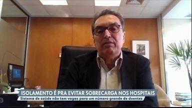 Pneumologista alerta para a necessidade do achatamento da curva de casos do coronavírus - O professor de Pneumologia da USP, Carlos Carvalho, alertou sobre a necessidade de achatamento da curva.