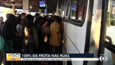 Bom Dia Goiás verifica como está a circulação de ônibus durante a pandemia - Ônibus podem circular, mas com restrições.
