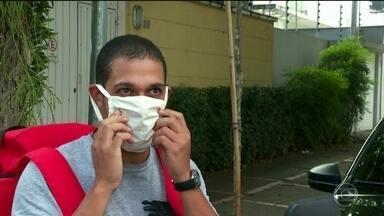 Máscaras caseiras recomendadas por Mandetta precisam seguir série de orientações - undefined