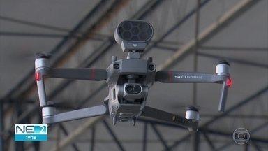 Drones são usados para monitorar aglomerações no Recife - Em parceria com pesquisadores da UFPE, Polícia Militar de Pernambuco usa tecnologia no combate ao novo coronavírus