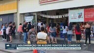 Compras para o feriado de Páscoa causam aglomeração em Campinas - Loja na Rua Treze de Maio teve fila de clientes para compra de ovos de chocolate.