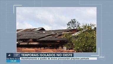 Temporal causa estragos em cidades do Oeste de SC - Temporal causa estragos em cidades do Oeste de SC