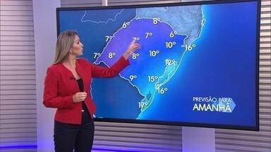 Tempo firme e frio predominam no RS; vento segue forte e pode chegar a 70km/h - Região Sul pode ter chuva de forma fraca e isolada.