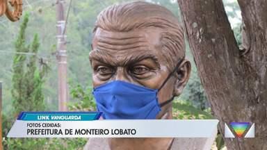Máscara de monumento do Monteiro Lobato é furtada - Veja as iamgens.
