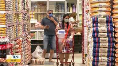 Lojistas mudam a rotina em Balsas por causa do risco do novo coronavírus - Lojistas tiveram que se adequar as regras do decreto municipal para garantir o distanciamento entre clientes e vendedores.