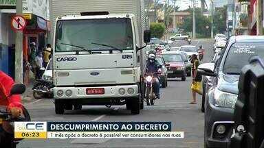 Pessoas vão às ruas mesmo com decreto de isolamento social - Saiba mais em g1.com.br/ce
