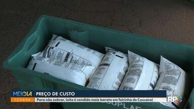 Para não sobrar, leite é vendido mais barato em feirinha de Cascavel - Produtores estão sentindo o impacto da pandemia.