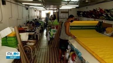 Pandemia aquece mercado de fabricação de EPIs no agreste de Alagoas - Produção de aventais e protetores está abastecendo unidades de saúde.