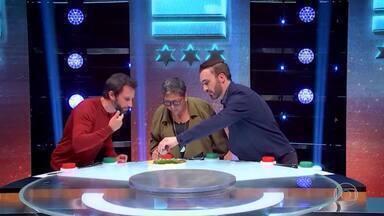 Leo Paixão surpreende com comentário sobre porco - Álvaro fica surpreso com o Mestre