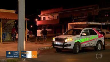 Jovens são assassinados no Recanto das Emas e um fica ferido - A polícia investiga o caso e suspeita de execução. Os autores dos disparos não foram localizados.