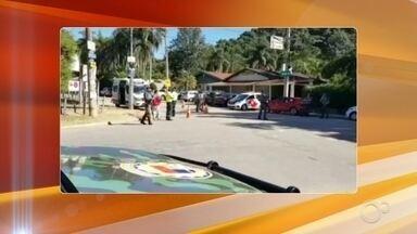 Polícia Militar faz operação para reforçar importância do distanciamento social em Jundiaí - Para reforçar a importância do distanciamento social, a Polícia Militar e a Guarda Municipal de Jundiaí (SP) fizeram uma operação de conscientização no bairro Santa Clara.
