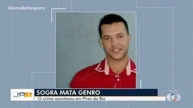 Sogra é suspeita de matar o genro, em Pires do Rio - Suspeita teria esfaqueado a vítima que estaria brigando com a filha dela.