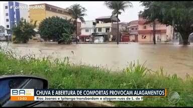 Rios Joanes e Ipitanga transbordam e alagam ruas de Lauro de Freitas, na RMS - Chuva atingiu diversos pontos da capital baiana nesta quarta-feira (13).