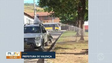 Prefeitura de Valença e Inea estão higienizando ruas da cidade - Cidade possui 45 casos confirmados e três mortes por coronavírus.