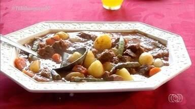Veja como fazer uma deliciosa carne de panela com batatas - Veja como fazer uma deliciosa carne de panela com batatas