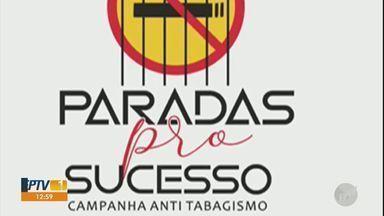 Artistas e médica de Piracicaba se juntam para alertar sobre perigos do tabagismo - Campanha 'Paradas pro sucesso' envolve 15 artistas e surgiu a partir da iniciativa do violinista Luís.