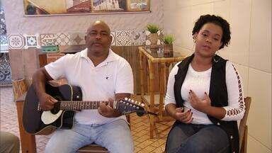 Café com Viola: Inter TV Rural recebe a dupla Sidimar e Karol Corrêa - Pai e filha que mora em Guanhães cantam sucessos da música sertaneja raiz.