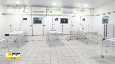 Hospital de campanha em Jaboatão dos Guararapes começa a funcionar - Espaço tem 131 leitos para atender pacientes com Covid-19.