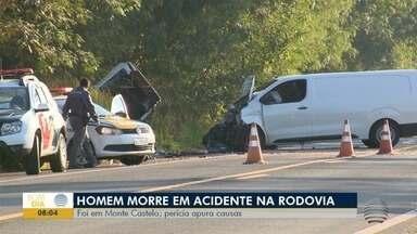 Homem morre após acidente em Monte Castelo - Batida envolveu um carro e um furgão.