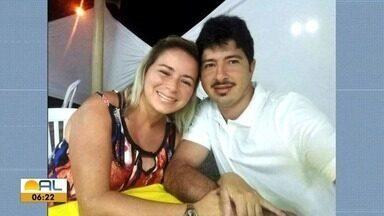 Casal morre em acidente de carro na Avenida Menino Marcelo - Motorista bêbado teria causado acidente e amigos protestaram pedindo justiça.