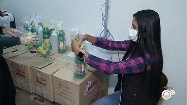Campos Novos Paulista distribui kits de higiene para todos os moradores - Em Campos Novos Paulista, a prefeitura tá reforçando a prevenção contra o coronavírus com a distribuição de kit de higiene para todos os moradores.