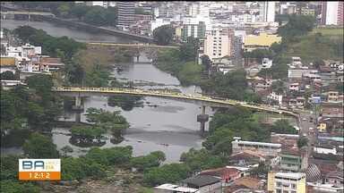 Ponte de Itabuna é interditada para evitar circulação de pessoas na cidade - Outros pontos da cidade também estão ficando interditados.