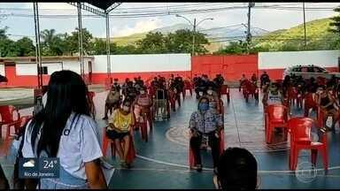 Solidariedade: projetos sociais nas comunidades arrecadam doações para moradores - Veja alguns dos movimentos sociais e ONGs que estão ajudando na pandemia.
